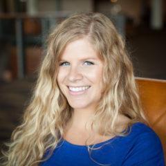 Lauren  Owens